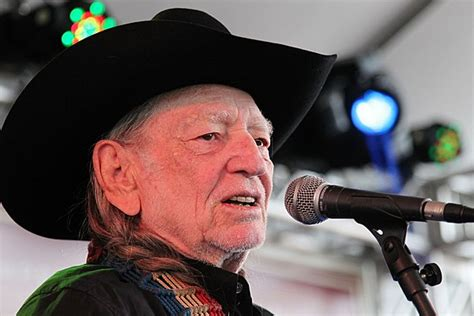 Willie Nelson Helps Honor 'Austin City Limits' in New