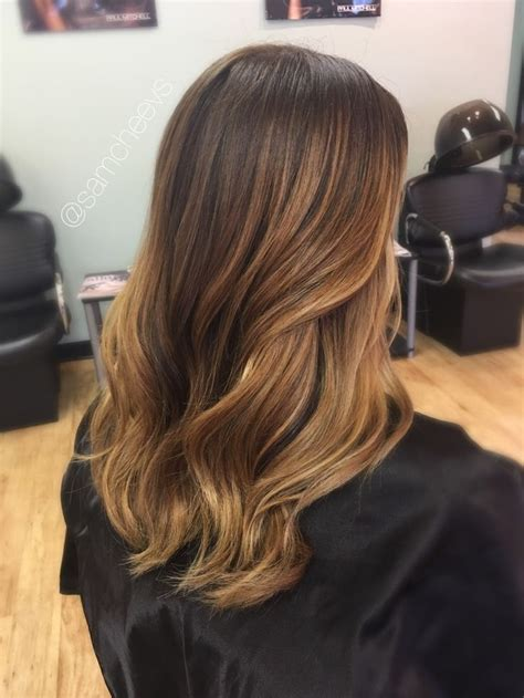 Spring and summer balayage highlights for brown and dark