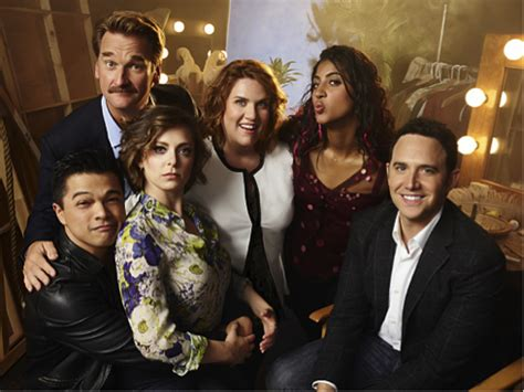 """3 Ways """"Crazy Ex-Girlfriend"""" is Changing the Face of TV"""