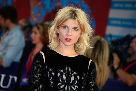 16 Photos of French Actress Clemence Guichard Poesy