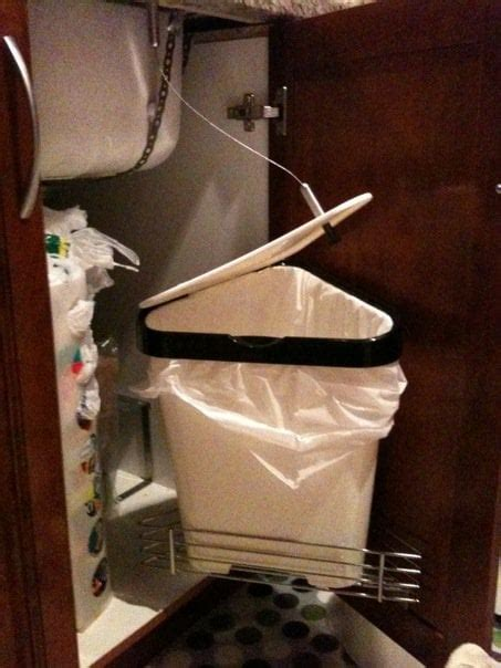 Ikea leftover's garbage can with auto open - IKEA Hackers