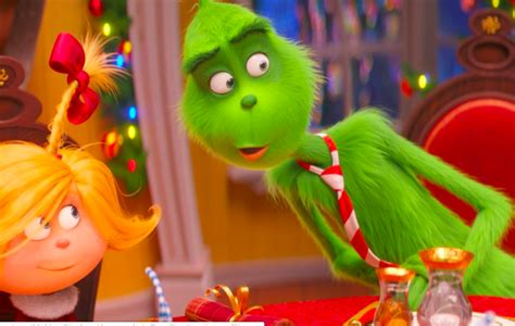Movie Review: The Grinch (2018) vs How the Grinch Stole