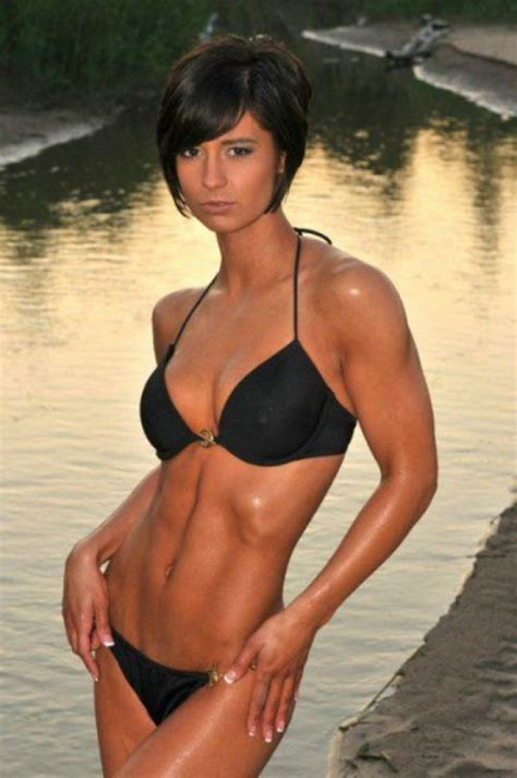 Overly Fit and Strong Girls