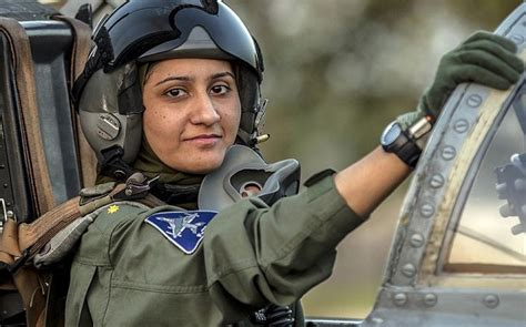 Pakistan's only female fighter pilot becomes role model