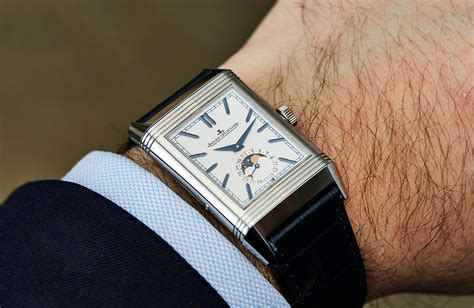 Jaeger-LeCoultre Reverso Tribute Moon – Hands-on Review