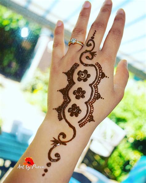 Introducing henna tattoo this summer for all you beautiful