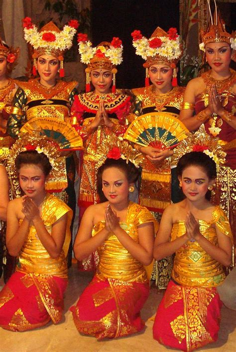 Balinese dancers show for tourists, in Ubud - Bali