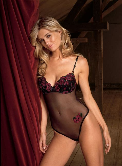 High Quality Wallpapers: triumph lingerie